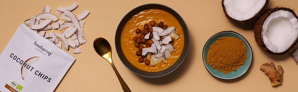 Carrot, coconut and ginger soup with chick peas